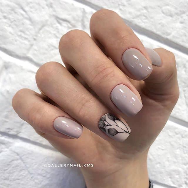 Нюдовый маникюр на короткие ногти фото