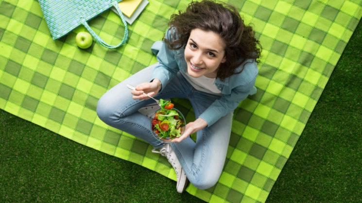 Диета при панкреатите: основные принципы и противопоказания