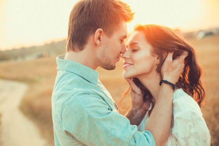 5 языков любви: Как проявлять и принимать любовь